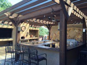 10 outdoor kitchen design tips